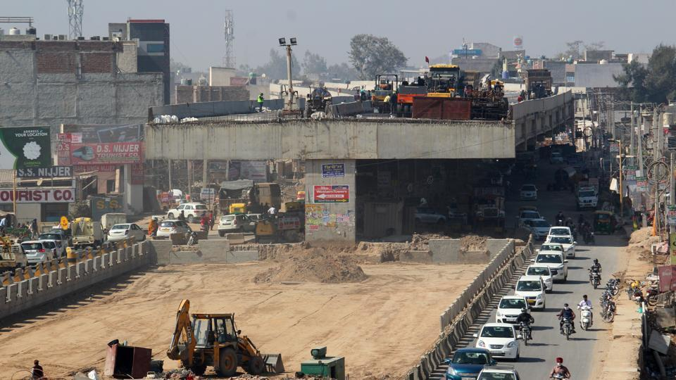 Chandigarh-Kharar highway expansion project to miss fifth deadline