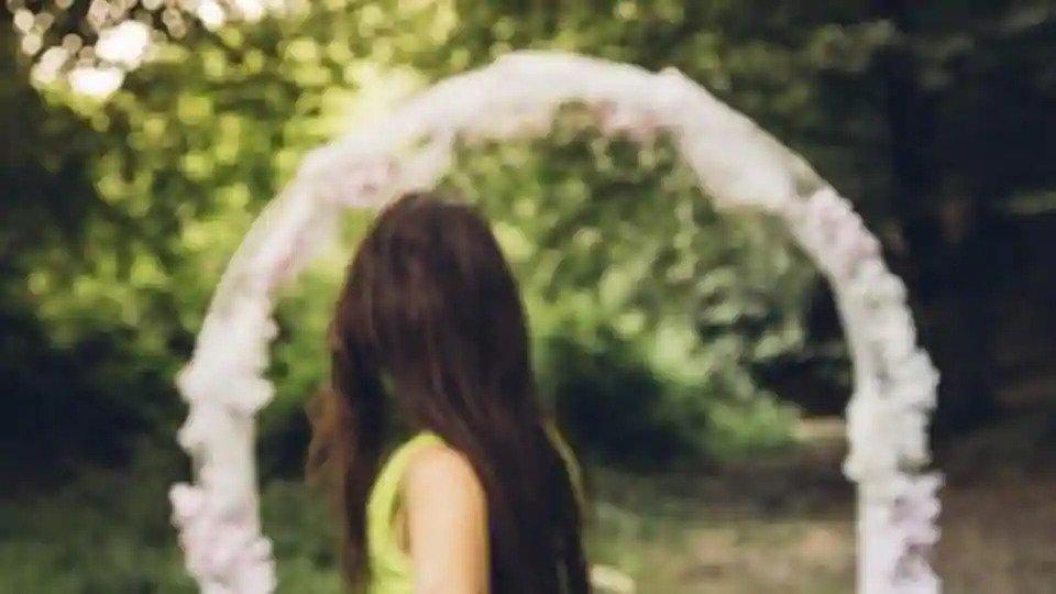 Romance makes a return amid social distancing