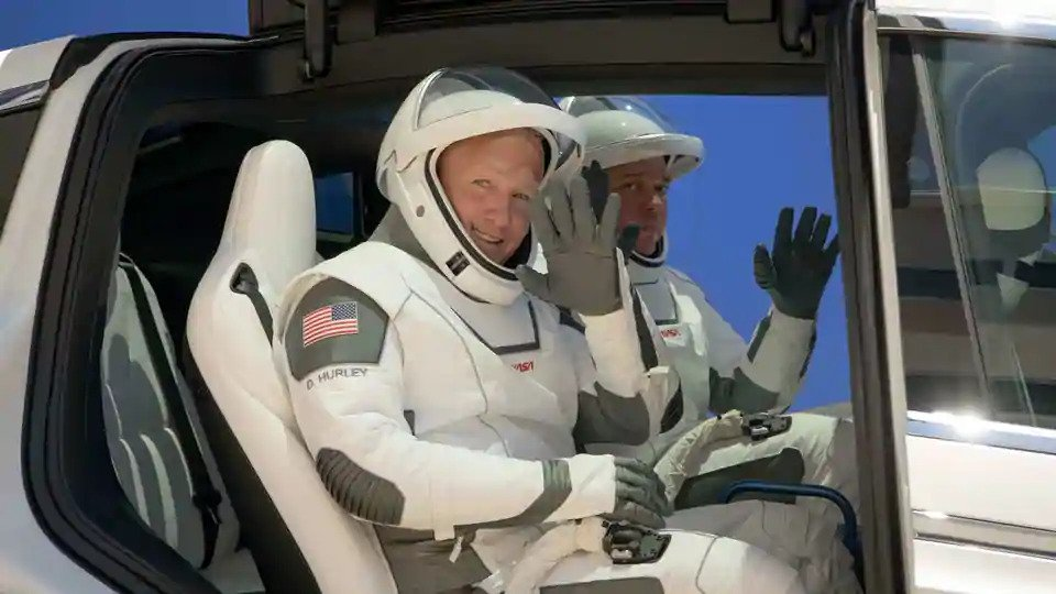 SpaceX ready to launch first humans into orbit
