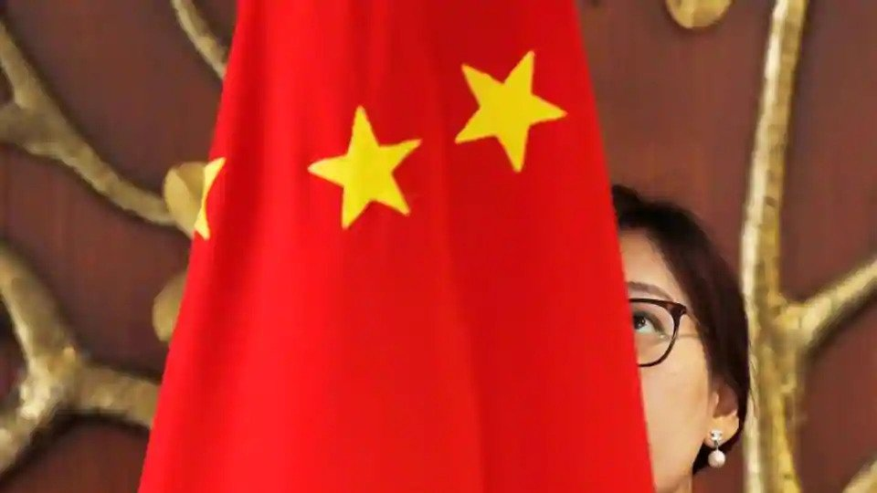 China to evacuate citizens from India amid pandemic, rising border tension