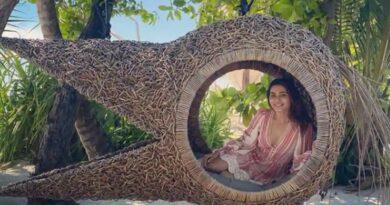 Maldives: Samantha shows island's beauty, Rakul says 'its a sunny day'