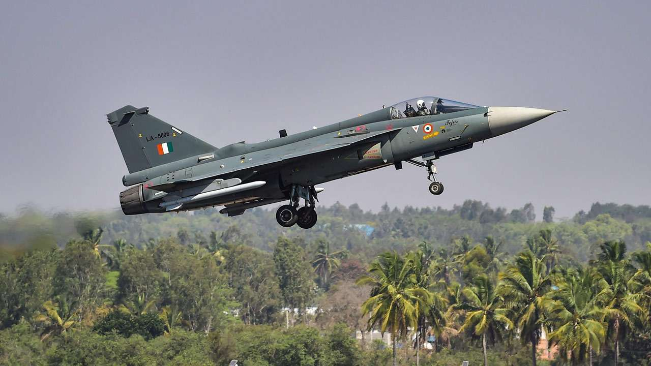 Govt clears Rs 48,000-cr deal for 83 Tejas fighters