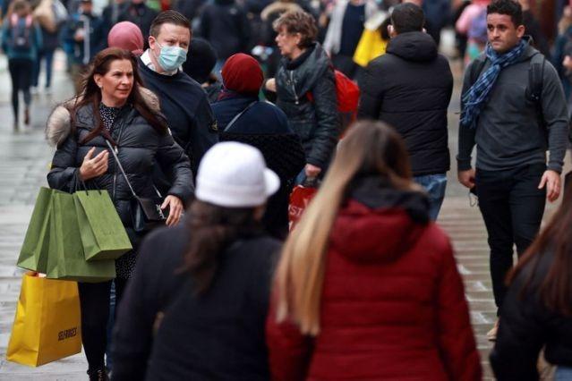 UK economy shrank in November as new lockdown hit