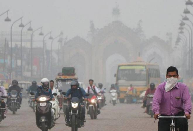 "Air quality of Delhi remained in the ""poor"" category"