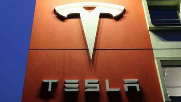 Tesla produces 5,00,000 vehicles in 2020; deliveries fall just short of target