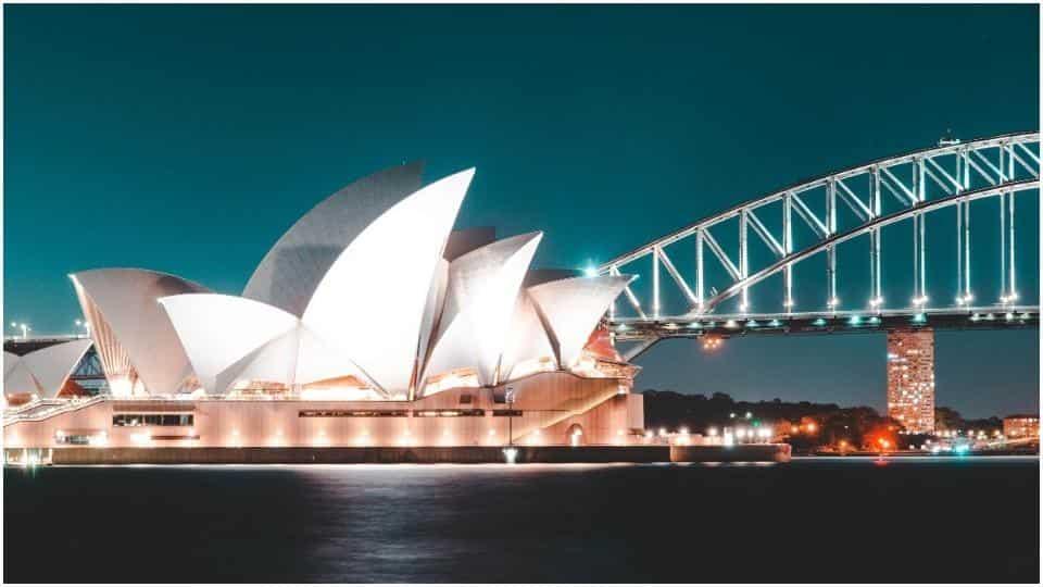 Australian states reimpose travel restrictions