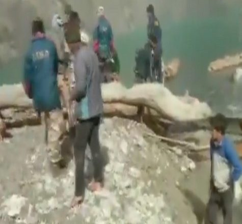 Uttarakhand: ITBP, SDRF remove obstacles from artificial lake in Chamoli