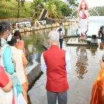 Jaishankar offers prayers at holy Ganga Talao in Mauritius