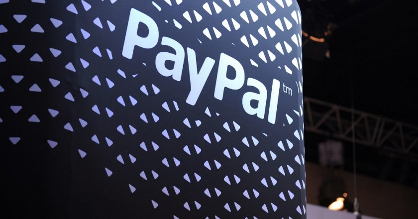 PayPal says halting online payment services within India