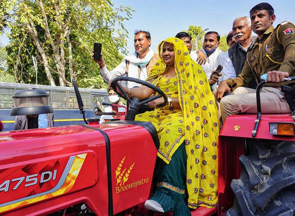 Rajasthan Congress MLA reaches state assembly on tractor to support