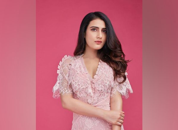 Fatima Sana Shaikh to star in Hindi adaptation of Tamil hit 'Aruvi'