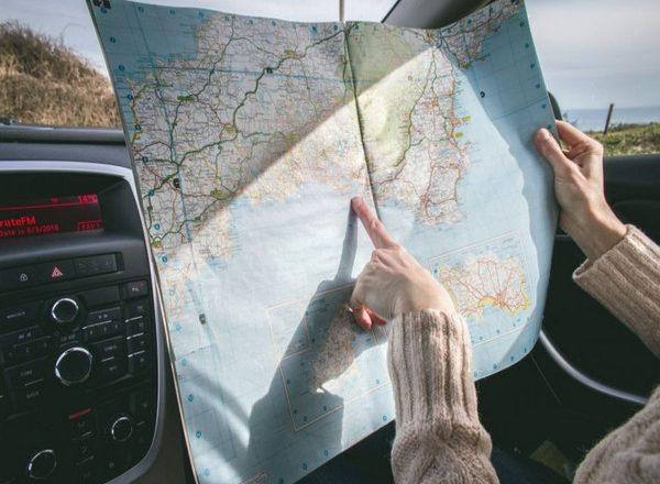 Travelers booking hotels online should trust instinct more than algorithms