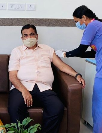 Nitin Gadkari receives first dose of Covid-19 vaccine in Nagpur